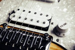How To Learn Fingerpicking On The Guitar